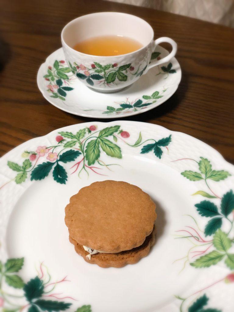 葉山 三角屋根 パンとコーヒー