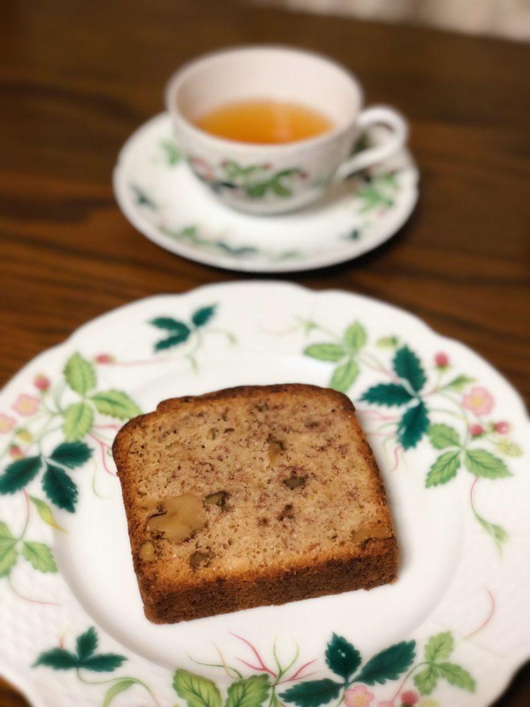 葉山 三角屋根 パンとコーヒー バナナブレッド