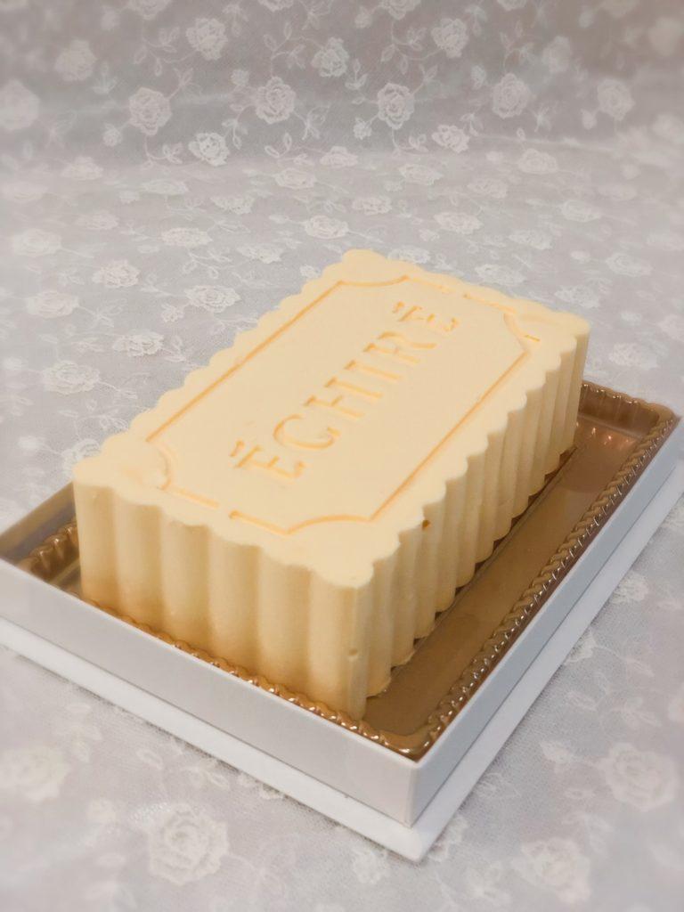 エシレ 丸の内 限定バターケーキ 大きさ
